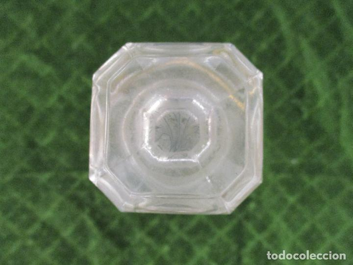 Botellas antiguas: Antigua Botella Licorera - Licor - Cristal - con Ribetes Dorados - Principios S. XX - Foto 5 - 89664704