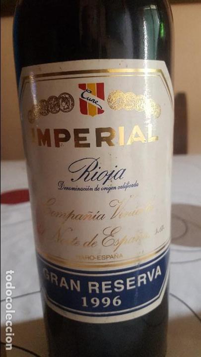Botellas antiguas: DOS BOTELLAS DE VINO ANTIGUAS - Foto 4 - 91638030