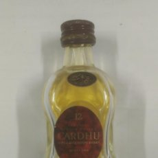 Botellas antiguas: BOTELLA EN MINIATURA. CARDHU SINGLE MALT SCOTCH WHISKY 12 YEARS. PB27. Lote 94123220