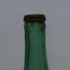 Botellas antiguas: IMPRESIONANTE BOTELLA BOTELLIN CAVA BOLICHE VACIO CON CHAPA P RAVENTOS SAN SADURNI DE NOYA. Lote 95490363