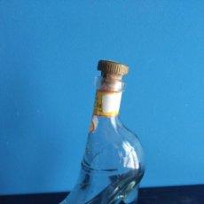 Botellas antiguas: BOTELLA DE MOSCATEL EN FORMA DE BOTA.. Lote 96586083