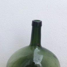 Botellas antiguas: ANTIGUA BOTELLA MARCA VILELLA GARRAFA DAMAJUANA GRANDE DE CRISTAL 16 LITROS. Lote 96600495