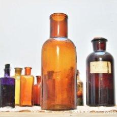 Botellas antiguas: ANTIGUA BOTELLA DE CRISTAL DE MEDICAMENTO - FRASCO BOTELLA DE FARMACIA AMBAR BOTELLON VIDRIO. Lote 97091871