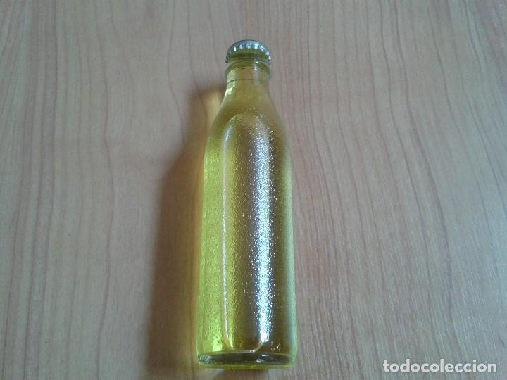 BOTELLA REFRESCO TASSONI - INDUSTRIA ITALIA - 180 ML - 2004 - VIDRIO TRANSPARENTE (Coleccionismo - Botellas y Bebidas - Botellas Antiguas)