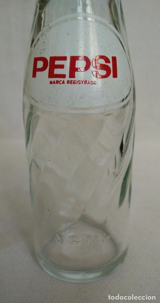Botellas antiguas: BOTELLA MUY RARA DE PEPSI COLA, 120cc. - Foto 4 - 99646635