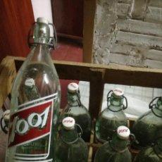Botellas antiguas: 12 BOTELLAS ANTIGUAS EN CAJA DE MADERA DE ZARZAPARRILLA 1001 TAPON CERAMICA BEBINA NACIONAL COLA. Lote 100287707