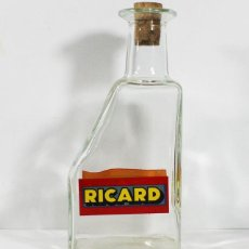 Botellas antiguas: BOTELLA JARRA DE AGUA PARA PASTIS RICARD, CRISTAL SERIGRAFIADA POR AMBAS CARAS 20.50 CM ALTO. Lote 100421323