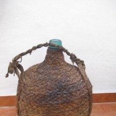 Botellas antiguas: ANTIGUA GARRAFA DAMAJUANA-FORRADA DE ESPARTO.VIRESA.. Lote 104957667