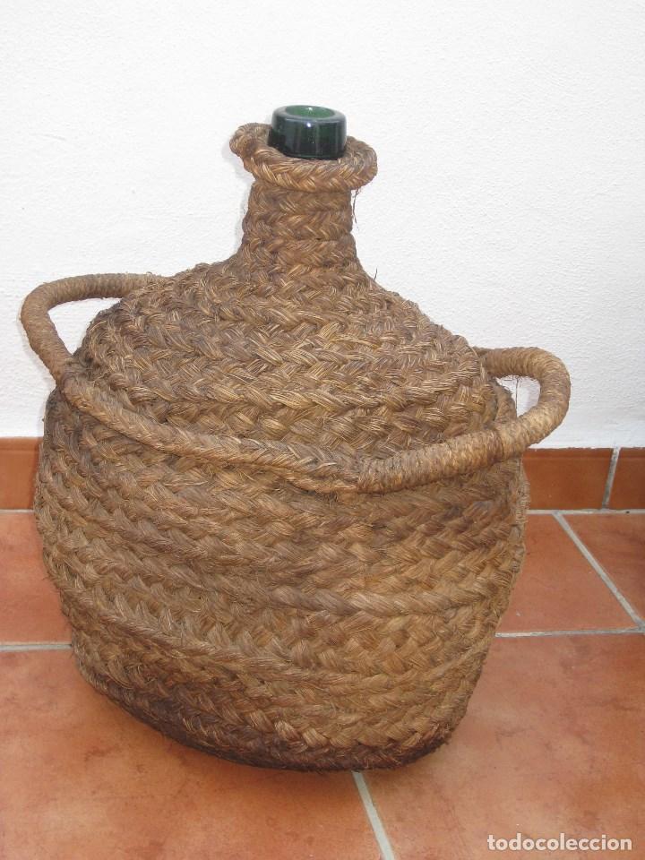 Botellas antiguas: Antigua garrafa damajuana,ovalada-forrada de esparto. - Foto 6 - 104958515
