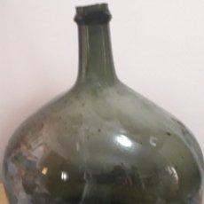 Botellas antiguas: DAMAJUANA MUY ANTIGUA HECHA ARTESANALMENTE. Lote 105643804