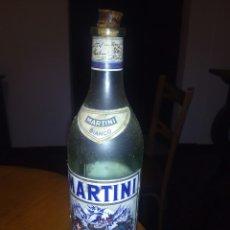 Botellas antiguas: BOTELLA DE MARTINI BIANCO DE 93 CL. Lote 105734306