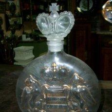 Botellas antiguas: BOTELLA ANTIGUA EN CRISTAL PRINCE HUBERT DE POLIGNAC. COGNAC. VACIA-ANTIQUE BOTTLE IN GLASS. Lote 106160859