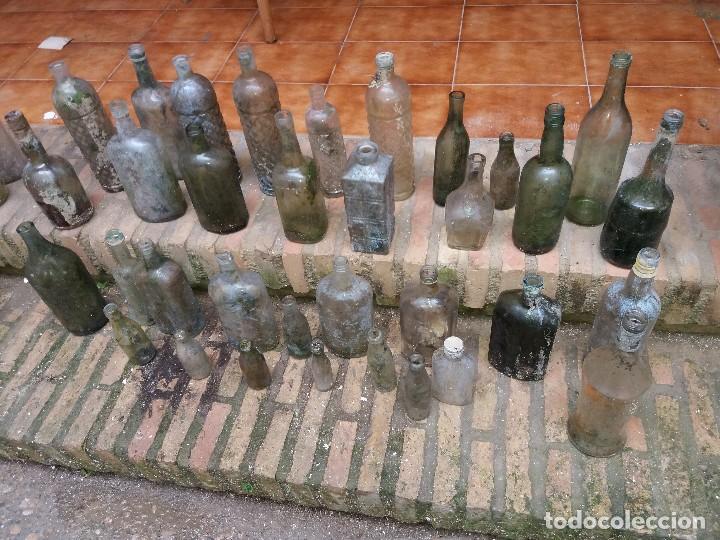 Botellas antiguas: botellas antiguas - Foto 2 - 107635343