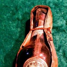 Botellas antiguas: ANTIQUÍSSIMO BOTELLIN DE QUINA MOMO. Lote 109501699