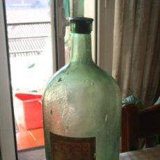 Botellas antiguas: BOTELLON ALCOHOL DE QUEMAR *** ANTIGUA BOTELLA CRISTAL FARMACIA *** ETIQUETA ORÍGEN. Lote 110019115