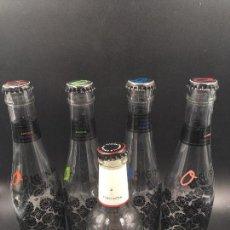 Botellas antiguas: COLECCIÓN DE 5 BOTELLAS DE TÓNICA ORIGINAL (VACÍAS). Lote 114112935