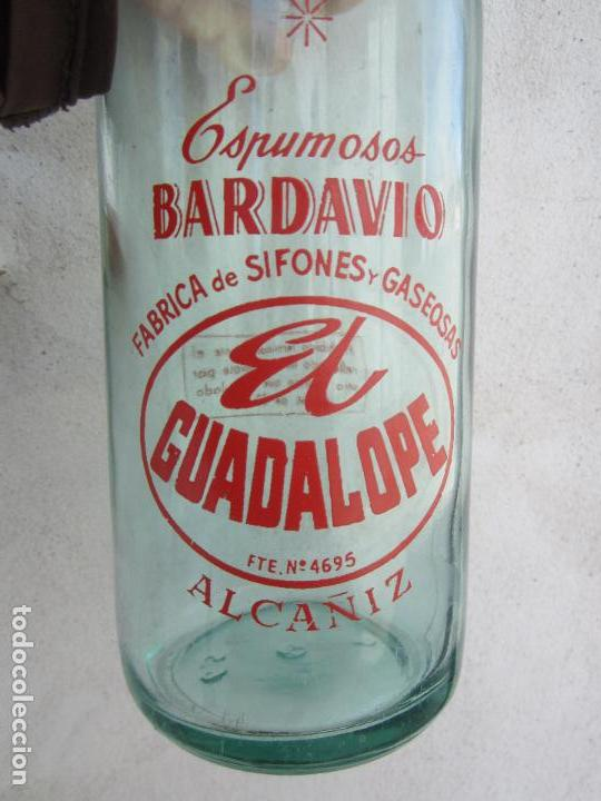 Botellas antiguas: botella de litro de espumosos bardavio , gaseosa el guadalope alcañiz 22-2-1958 - Foto 6 - 115825491