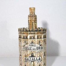 Botellas antiguas: BOTELLA VACÍA DE ANÍS TORRE DEL ORO.. Lote 116455671