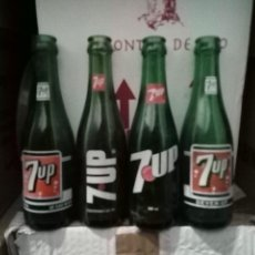 Botellas antiguas: LOTE 4 ANTIGUA BOTELLA REFRESCO GASEOSA SERIGRAFIA SEVEN UP 7UP LAS PALMAS. Lote 174049144