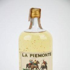 Botellas antiguas: BOTELLA WHISKY - LA PIEMONTE, 43º - PRECINTADA - TURÍN, ITALIA, 1960 - #JSW. Lote 117540031