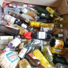 Botellas antiguas: LOTE DE 66 BOTELLAS DE LICOR EN MINIATURA, VER IMAGENES!!!. Lote 121181083