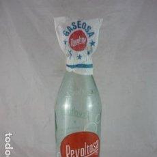 Botellas antiguas: BOTELLA GASEOSA LA REVOLTOSA 1L. Lote 121272839