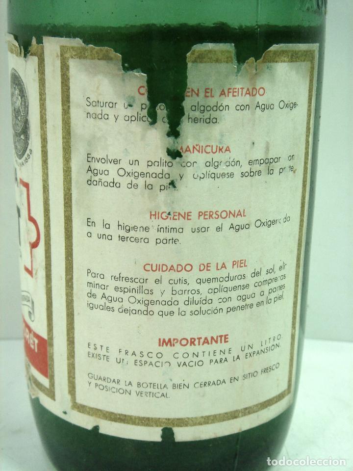 Botellas antiguas: MITICA AGUA OXIGENADA FORET ¡¡PRECINTADA¡¡ BOTELLA 1 LITRO AÑOS 40 -CRISTAL -FRASCO BOTE LLENA - Foto 4 - 122480331