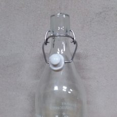 Botellas antiguas - Botella de gaseosa KVKY - 126403520