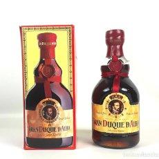 Botellas antiguas: BOTELLA DE BRANDY. GRAN DUQUE DE ALBA. SOLERA GRAN RESERVA. JEREZ. CIRCA 1980.. Lote 129226575