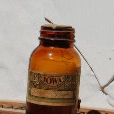 Botellas antiguas: FRASCO DE FARMACIA YODURO DE SODIO CON CONTENIDO // ALTO 9 CM. Lote 130118943