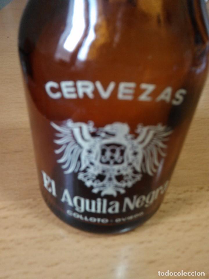LOTE DE 5 BOTELLINES CERVEZA EL AGUILA NEGRA (Coleccionismo - Botellas y Bebidas - Botellas Antiguas)