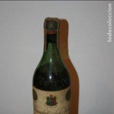Botellas antiguas: BOTELLA DE COÑAC TERRY,SELLO 80 CTS. LETRAS EN RELIEVE.PUERTO DE SANTA MARÍA-LLENA.30 CMS.. Lote 131372122