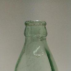 Botellas antiguas: BOTELLA ZARZAPARRILLA 1001 COLA SERIGRAFIADA. Lote 135414822