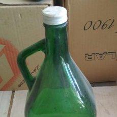 Botellas antiguas: BOTELLA VINTAGE GRANDE DE CRISTAL. Lote 139771034
