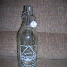 Botellas antiguas: ANTIGUA BOTELLA GASEOSA ESPUMOSOS MARTÍNEZ, FUENTERROBLES. 1 LITRO.. Lote 142098542