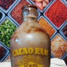 Botellas antiguas: BOTELLA DE 250CC DE BATIDO DE CACAO RAM SERIGRAFIADA. Lote 143084466