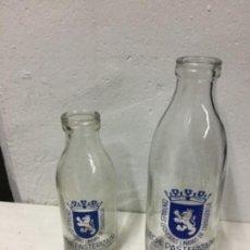 Botellas antiguas: BOTELLAS DE LECHA MITAD SIGLO XX.U A DE LITRO Y LA OTRA DE 1/2 LITRO. Lote 144653198