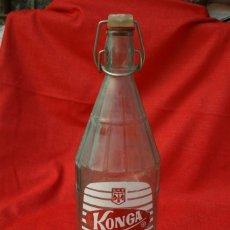 Botellas antiguas: BOTELLA DE GASEOSA. KONGA. Lote 145234682