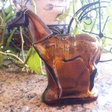 Botellas antiguas: ANTIGUA BOTELLA DE COLONIA DE AVON. Lote 146380142