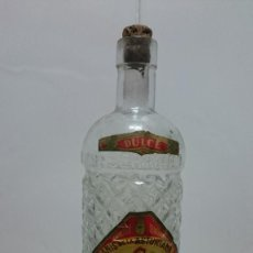 Botellas antiguas: ANTIGUA BOTELLA CASTILLO CERAMICA O PORCELANA. Lote 147269042