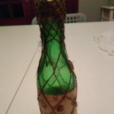 Botellas antiguas: BOTELLIN DE BRANDY TERRY. Lote 151461534