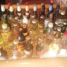 Botellas antiguas: ESTUPENDO LOTE DE 76 BOTELLINES ANTIGUOS. Lote 151845360