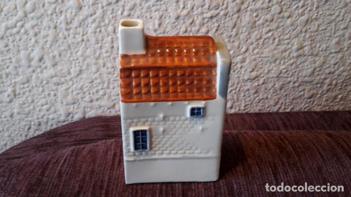 Botellas antiguas: casita botella en cerámica de Delfts - Foto 4 - 152250790