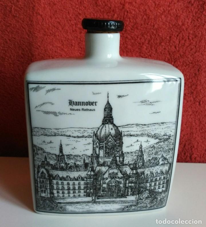 Botellas antiguas: BOTELLA LICOR PORCELANA ALEMANA ALTENKUNSTADT - Foto 2 - 153414362