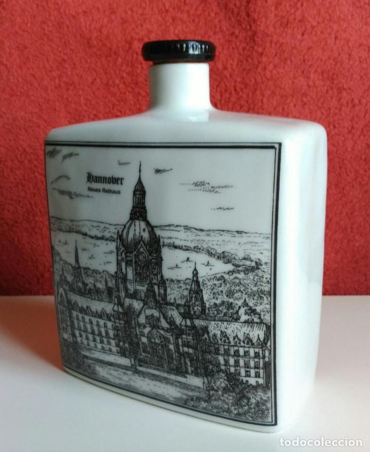 Botellas antiguas: BOTELLA LICOR PORCELANA ALEMANA ALTENKUNSTADT - Foto 4 - 153414362