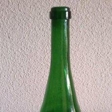 Botellas antiguas: BOTELLA VERDE ANTIGUA. Lote 155411662