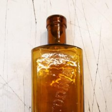 Botellas antiguas: BOTELLA BENZODINA. Lote 157678182