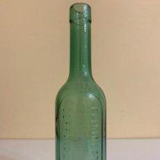 Botellas antiguas: ANTIGUA BOTELLA DE ELIXIR ESTOMACAL, SAIZ DE CARLOS, SERRANO 28 ( MADRID ) VERDE. Lote 158568570