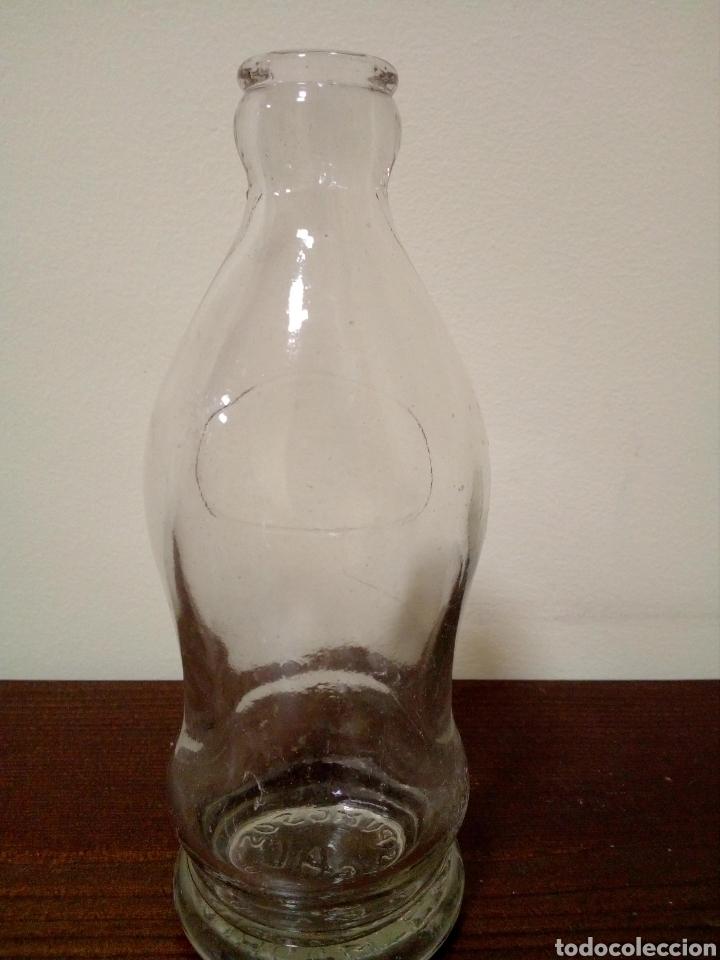 Botellas antiguas: Botella espumosos gal madrid - Foto 2 - 160739412