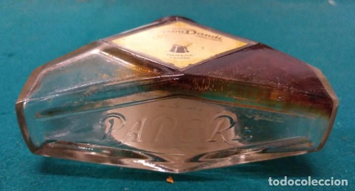 Botellas antiguas: BOTELLA FRASCO FIJAPELO VARON DANDY AÑOS 30 EN LA BASE PARERA EN RELIEVE PERFUMERIA - Foto 7 - 160929174